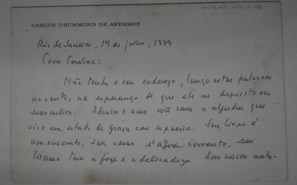 Carta de Carlos Drummond enviada para Cora Coralina, em Goiás — Foto: Vitor Santana/G1