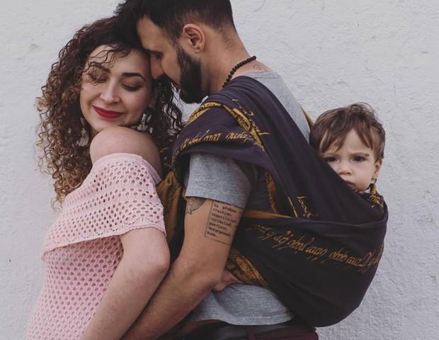 Família à espera da filha caçula (Foto: Reprodução Facebook)