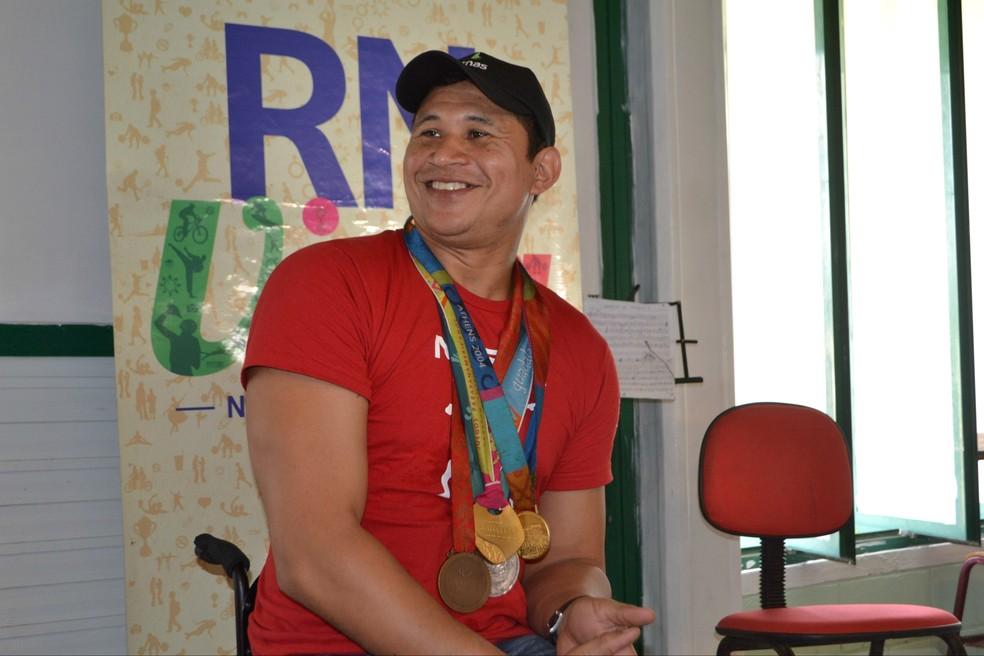 Clodoaldo Silva, nadador paralímpico, vai participar de solenidade de abertura dos Jogos Estudantis do Sesc em Campos, no RJ — Foto: Jocaff Souza/GloboEsporte.com