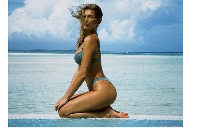 Sasha Meneghel posou nas Maldivas clicada pelo Marido, João Figueiredo (Foto: Reprodução)