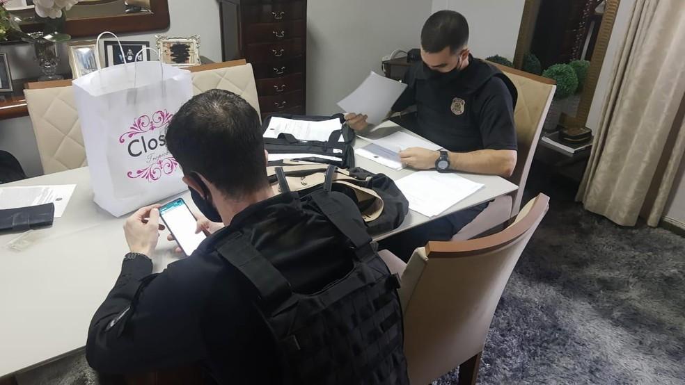 PF cumpre mais de 20 mandados judiciais em três cidades  — Foto: Nucom/PF-AC