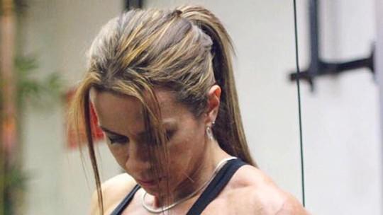 Fisiculturista recebe mais de 13 mil cantadas na web depois de pedir namorada no 'Milionário'