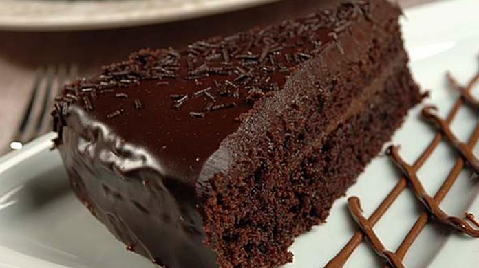 Bolo De Chocolate Molhadinho Receitas Gshow Gshow