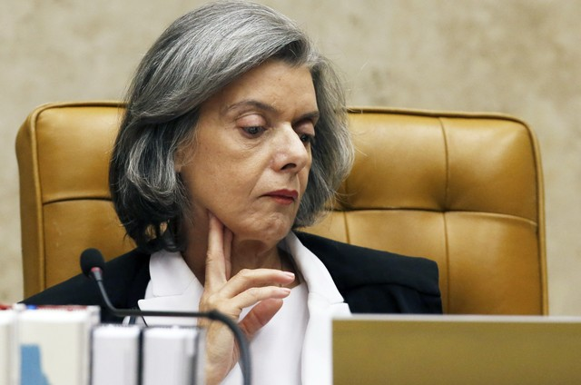 A diferença entre alguns do governo Bolsonaro e a ministra Cármen Lúcia, do STF
