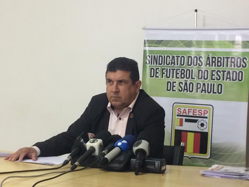 Arthur Alves Júnior, presidentedo sindicato dos árbitros de São Paulo (Foto: Tossiro Neto)