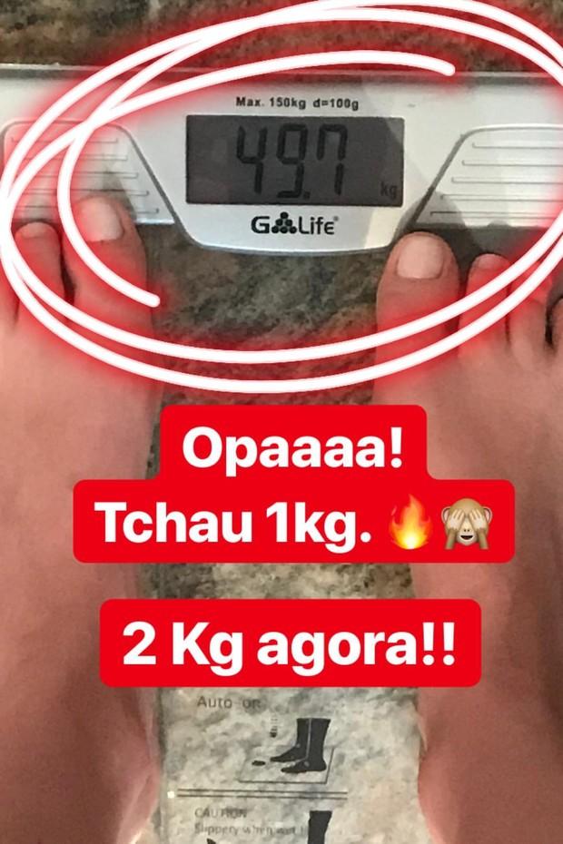 Bárbara Evans comemora menos 1 kg em 24 horas de dieta (Foto: Reprodução/Instagram)