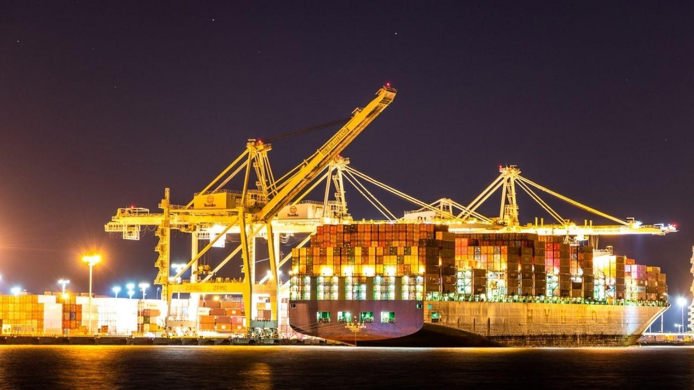 Por que a participação do Brasil é pequena frente ao mercado internacional portuário