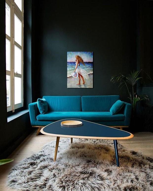 Décor do dia: sala de estar azul profundo (Foto: Divulgação/Reprodução)