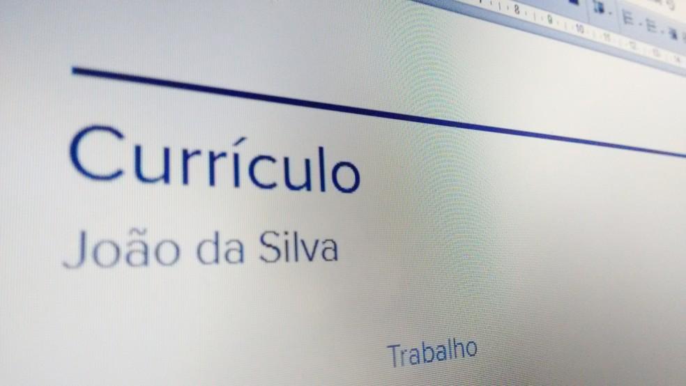 Crie um currículo diferente com seu histórico profissional no Google Slides — Foto: Bruno Soares/TechTudo