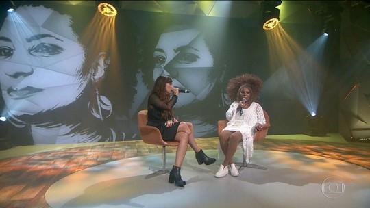 Elza Soares e Pitty homenageiam Marielle Franco no palco do Fantástico