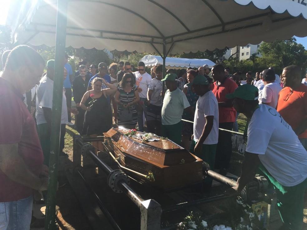 idosa assassinada em Lauro de Freitas