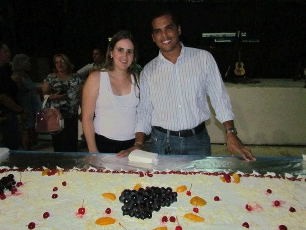 Prefeito usou dinheiro público para fazer festa particular em praça (Foto: Rondônia Agora/Reprodução)