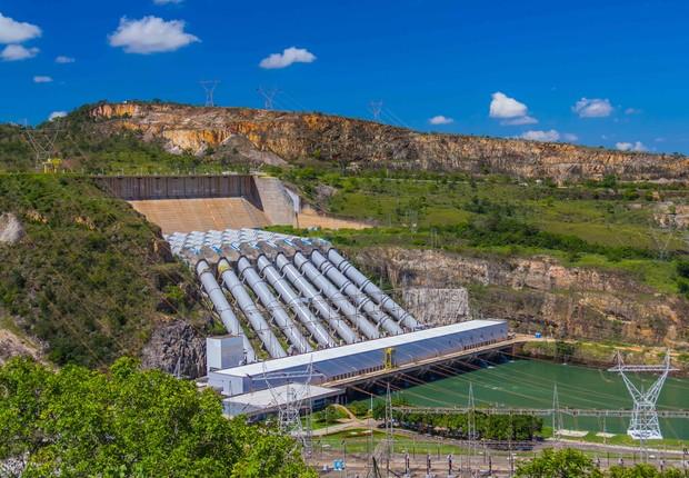 Centrais elétricas de Furnas ; usina hidrelétrica de Furnas ; Eletrobras ; energia elétrica ;  (Foto: Wikimedia Commons/Wikipedia)