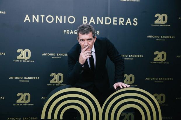 Antonio Banderas na festa de 20 anos de sua linha de perfumes (Foto: Divulgação)