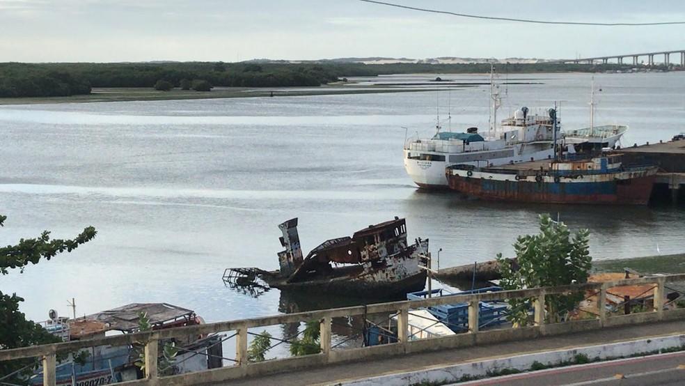 Pescadores saíram do Rio Potengi — Foto: Geraldo Jerônimo/Inter TV Cabugi