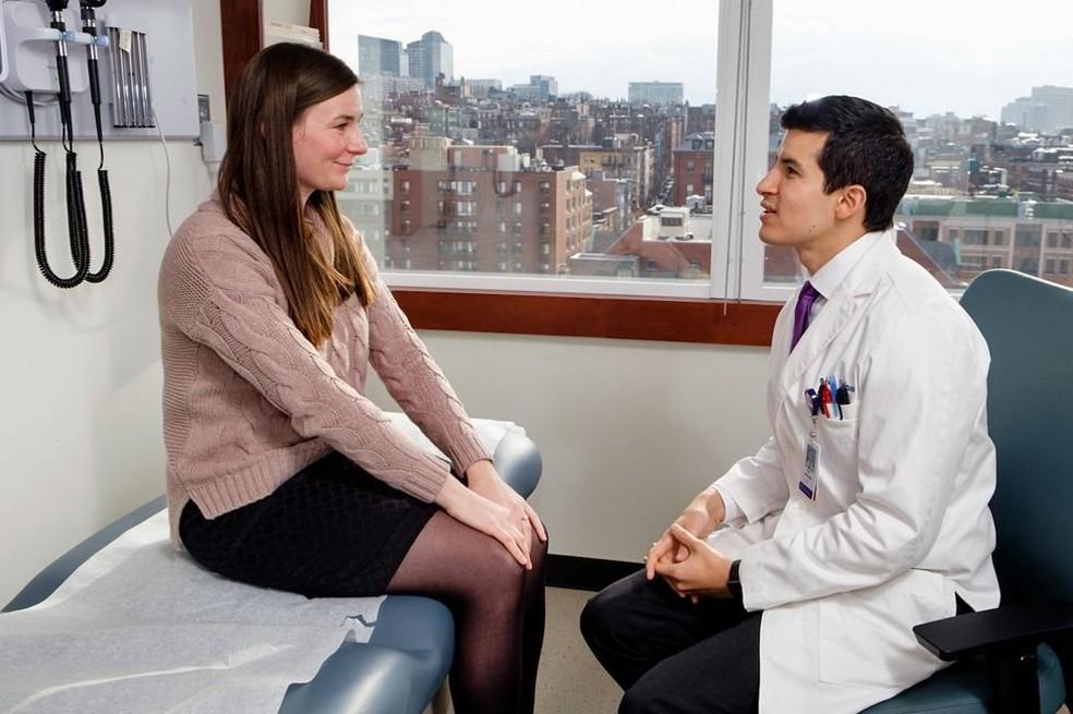 Joel Salinas tem sinestesia 'espelho-toque', que faz com que ele sinta no próprio corpo sensações experimentadas por outras pessoas (Foto: Massachusetts General Hospital)