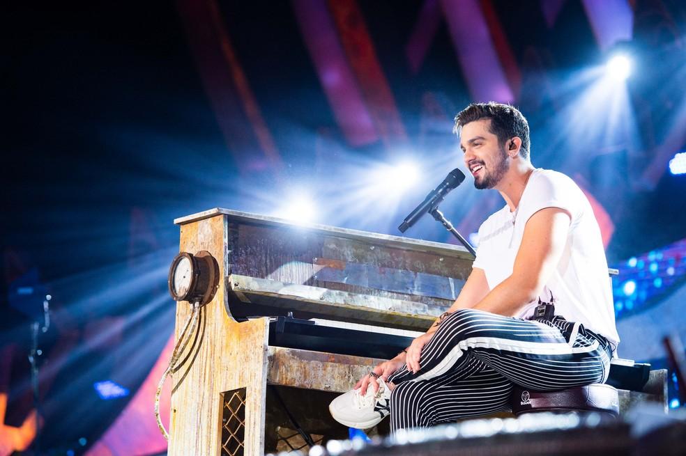 Luan Santana festeja recordes de seu novo trabalho, o DVD 'Viva' — Foto: Cadu Fernandes/Divulgação