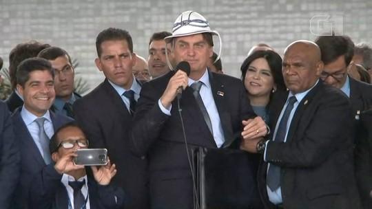 Bolsonaro diz amar o Nordeste e ter 'sangue de cabra da peste'