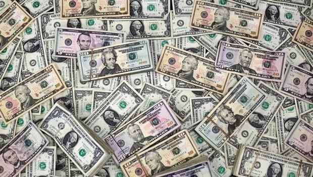 dólar - dinheiro - corrupção - lavagem de dinheiro - economia  (Foto: Jose Luis Gonzalez/Reuters)