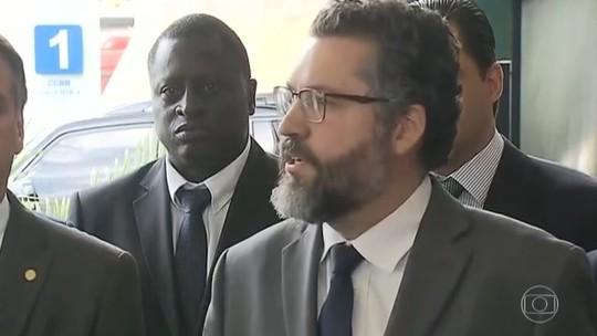 Bolsonaro anuncia futuro ministro das Relações Exteriores