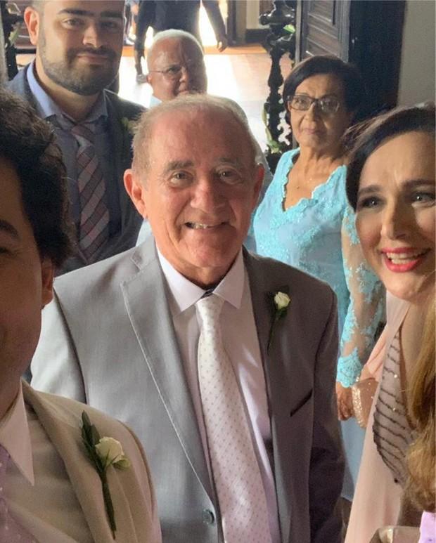 Renato Aragão e mulher, Lilian  (Foto: Reprodução/Facebook)