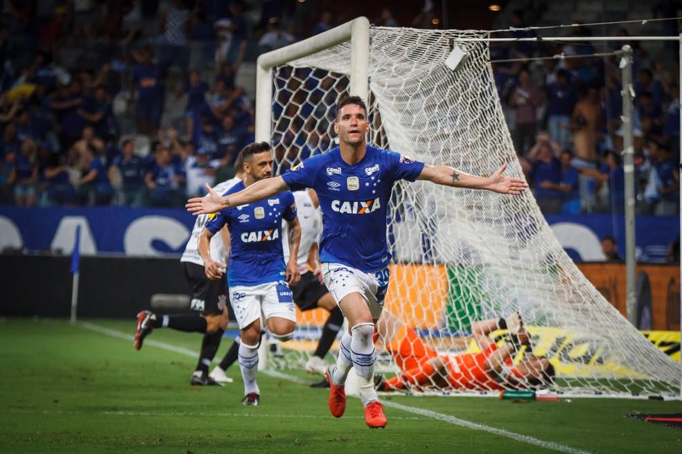 Thiago Neves ainda está na mira gremista  — Foto: Vinnicius Silva/Cruzeiro