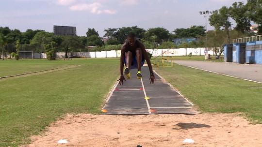 Promessa do salto triplo, Alexsandro Bolt conquistou índice olímpico e se prepara para o Pan de Lima