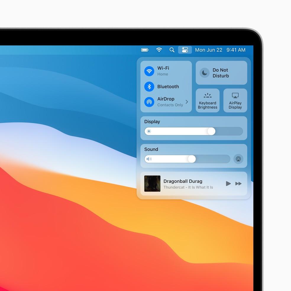 Central de Controle é personalizável e bem parecida com a edição disponível no iOS — Foto: Divulgação/Apple