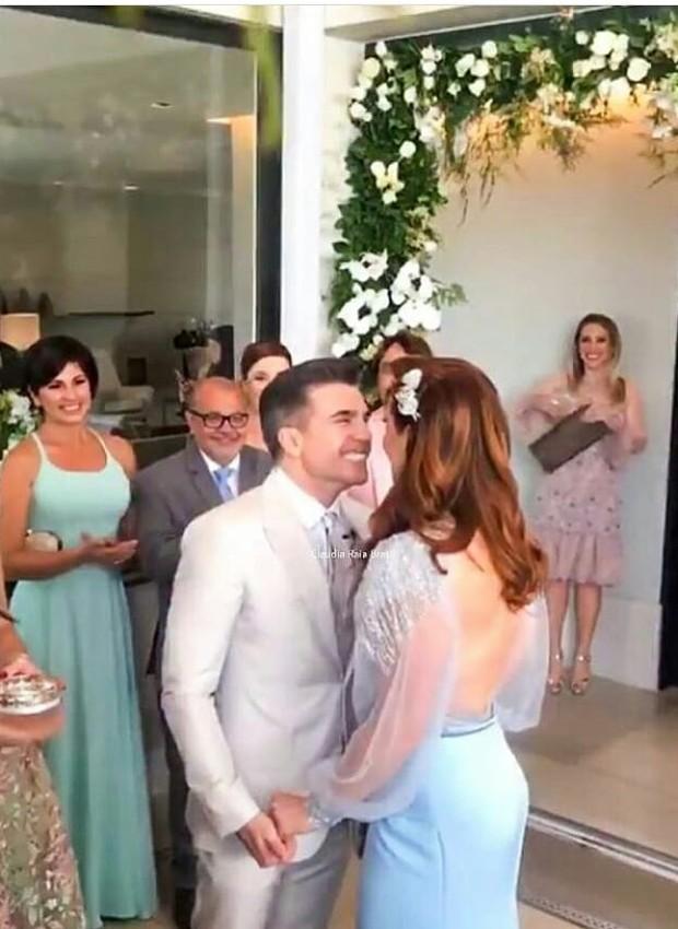 Claudia Raia e Jarbas Homem de Melo se casam (Foto: Reprodução Instagram)