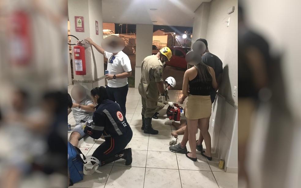 Festa com a presença de policiais militares termina com confusão e três baleados em condomínio (Foto: Arquivo pessoal)