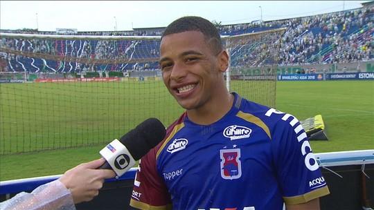 Mesmo com Paraná rebaixado, Keslley exibe sorriso com primeiro gol pelos profissionais