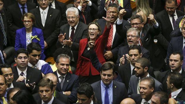 O Brasil tem o terceiro maior Congresso Nacional da América Latina, mas na comparação com a Europa o número de deputados e senadores não assusta (Foto: MARCELO CAMARGO/AGÊNCIA BRASI)