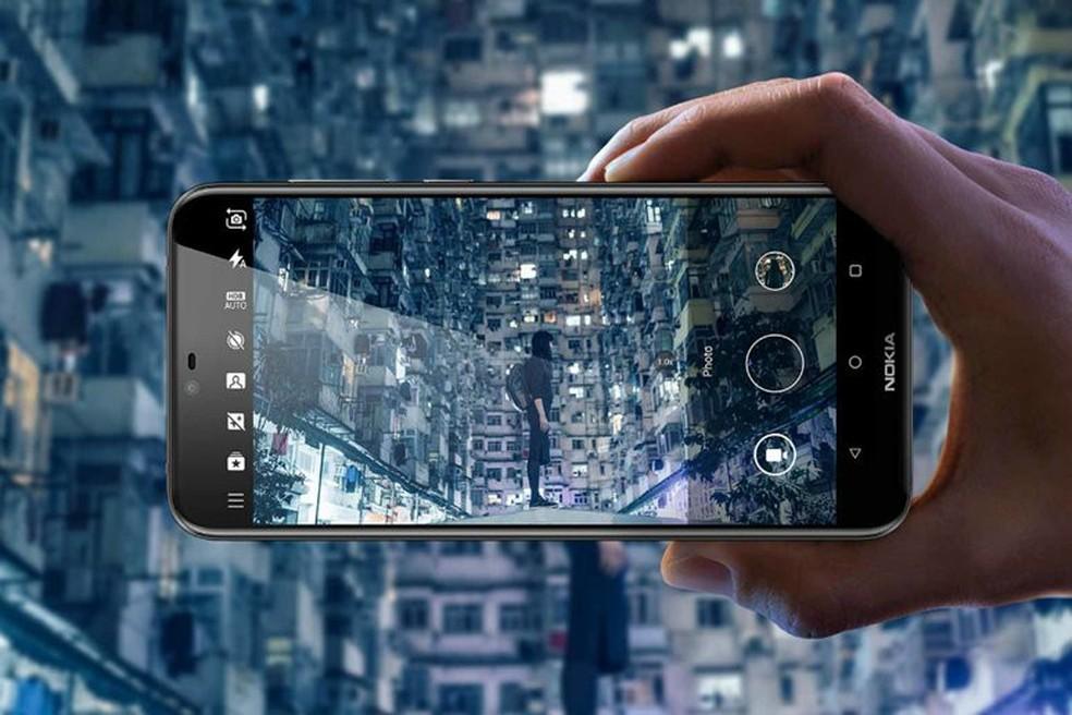 X6 tem câmera dupla com inteligência artificial e sensor monocromático (Foto: Divulgação/Nokia)
