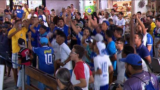 "AeroAzul: Confiança embarca para Sorocaba e torcida canta: ""Eu acredito"""