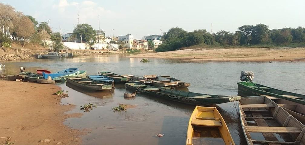 Baixa no nível do Rio Paraguai pode prejudicar navegação — Foto: Defesa Civil
