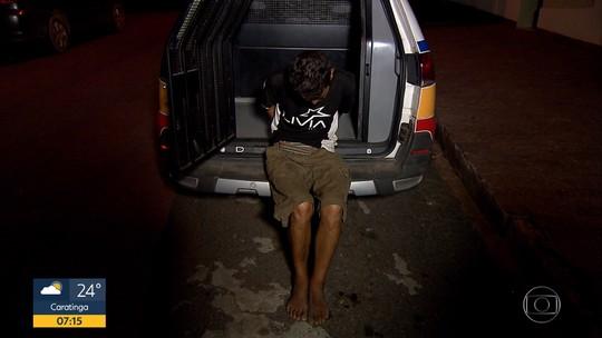 Sobrinho é suspeito de matar tio a facadas por causa de TV em Betim, na Grande BH