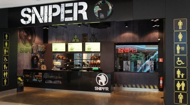 Unidade da Sniper em Brasília. Shopping center foi eleito o cenário ideal para atrair famílias inteiras e mostrara a confiabilidade do negócio (Foto: Divulgação/PDMG)