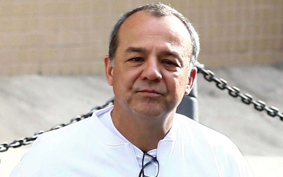 O ex-governador do RJ Sérgio Cabral, que nesta segunda (13) prestou depoimento em processo que investiga compra de votos para a Rio 2016 — Foto: Fábio Motta/Estadão Conteúdo