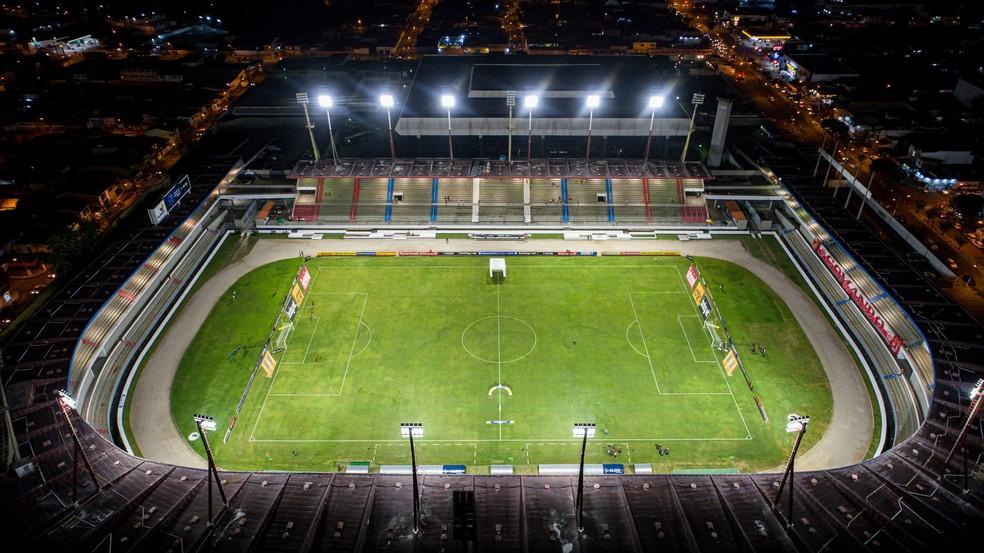 Estádio Rei Pelé é principal praça esportiva de Alagoas — Foto: Aldo Correa/TV Gazeta