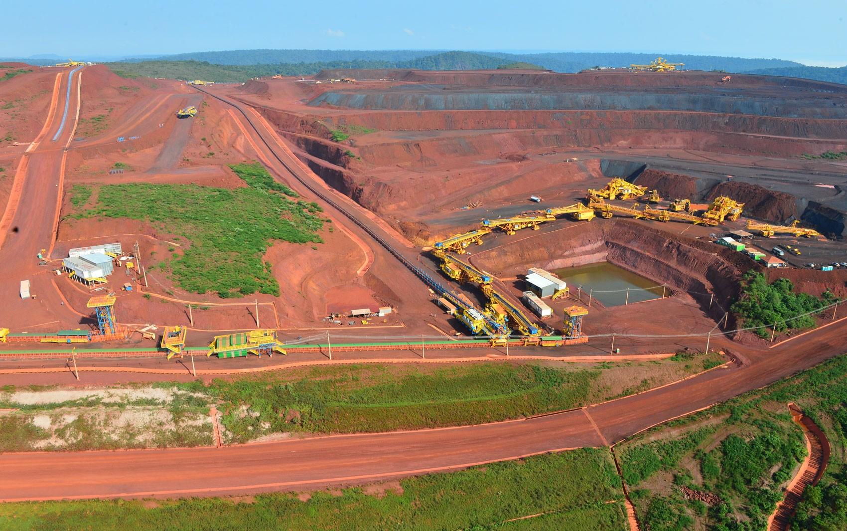 Vendas de minério de ferro da Vale caem 11,8% no 3º trimestre - Notícias - Plantão Diário