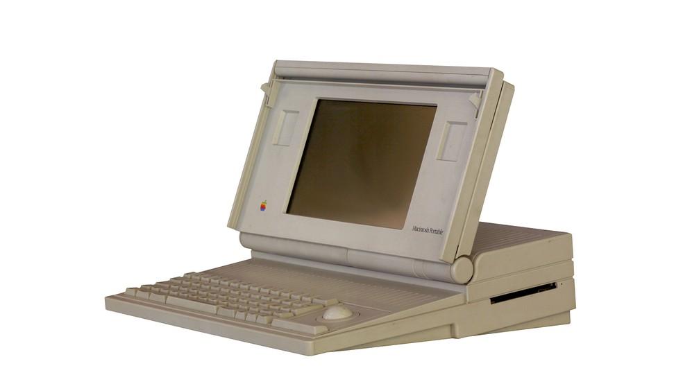 Macintosh Portable foi primeiro notebook da Apple, lançado em 1989 — Foto: Reprodução/ComputerWorld