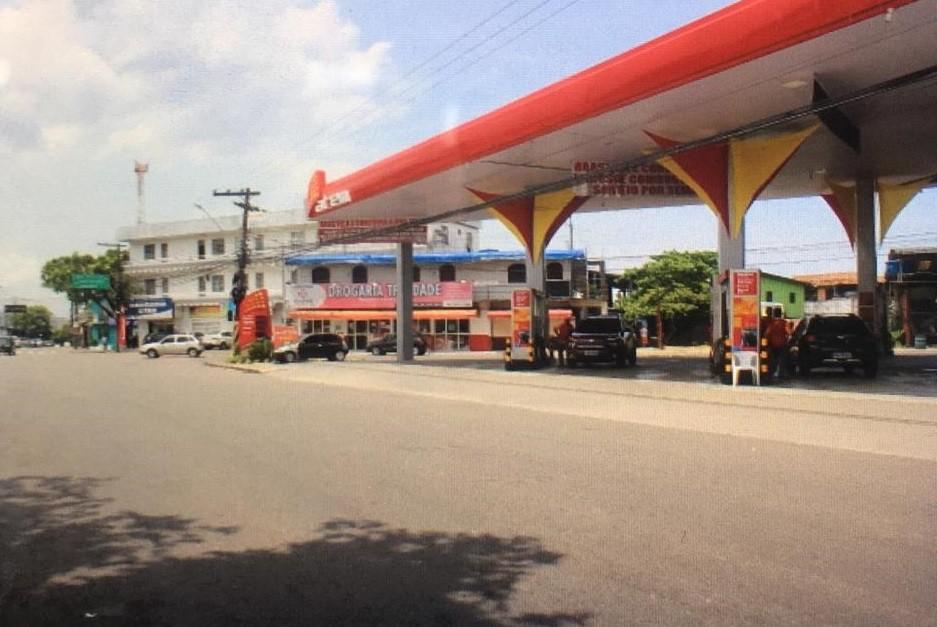 Motorista de aplicativo é morto com tiro na cabeça em posto de gasolina, em Manaus - Notícias - Plantão Diário