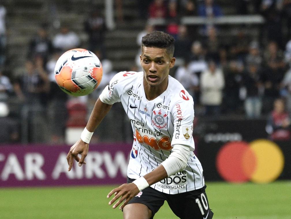 Pedrinho voltou ao Corinthians nesta quarta-feira, contra o Guaraní — Foto: Marcos Ribolli