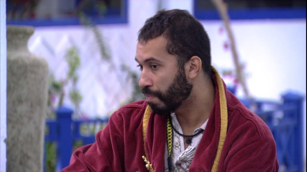 Gilberto diz ter dúvida sobre Paredão entre Juliette e Arthur: 'Ficou muito feia a volta da Carla para ela' — Foto: Globo