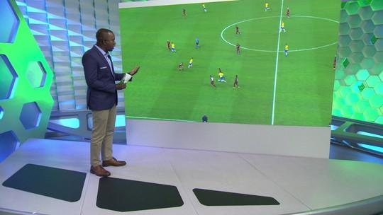 Central do Apito: VAR acertou ao anular gol de Coutinho, mas errou no lance de Gabriel Jesus; entenda