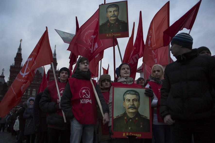 Resultado de imagem para russia manifestação stalin
