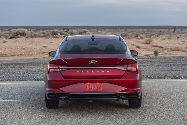 Hyundai Elantra 2021 - Traseira (Foto: Divulgação/ Hyundai)