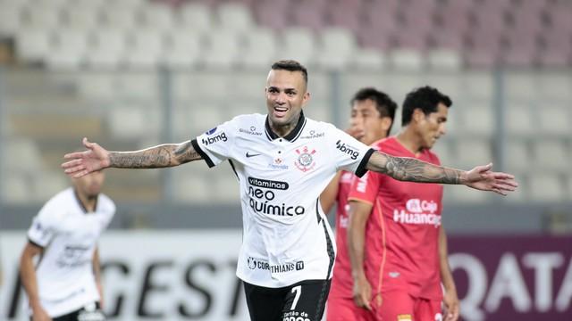 Luan abre sorriso após golaço do Corinthians contra o Sport Huancayo