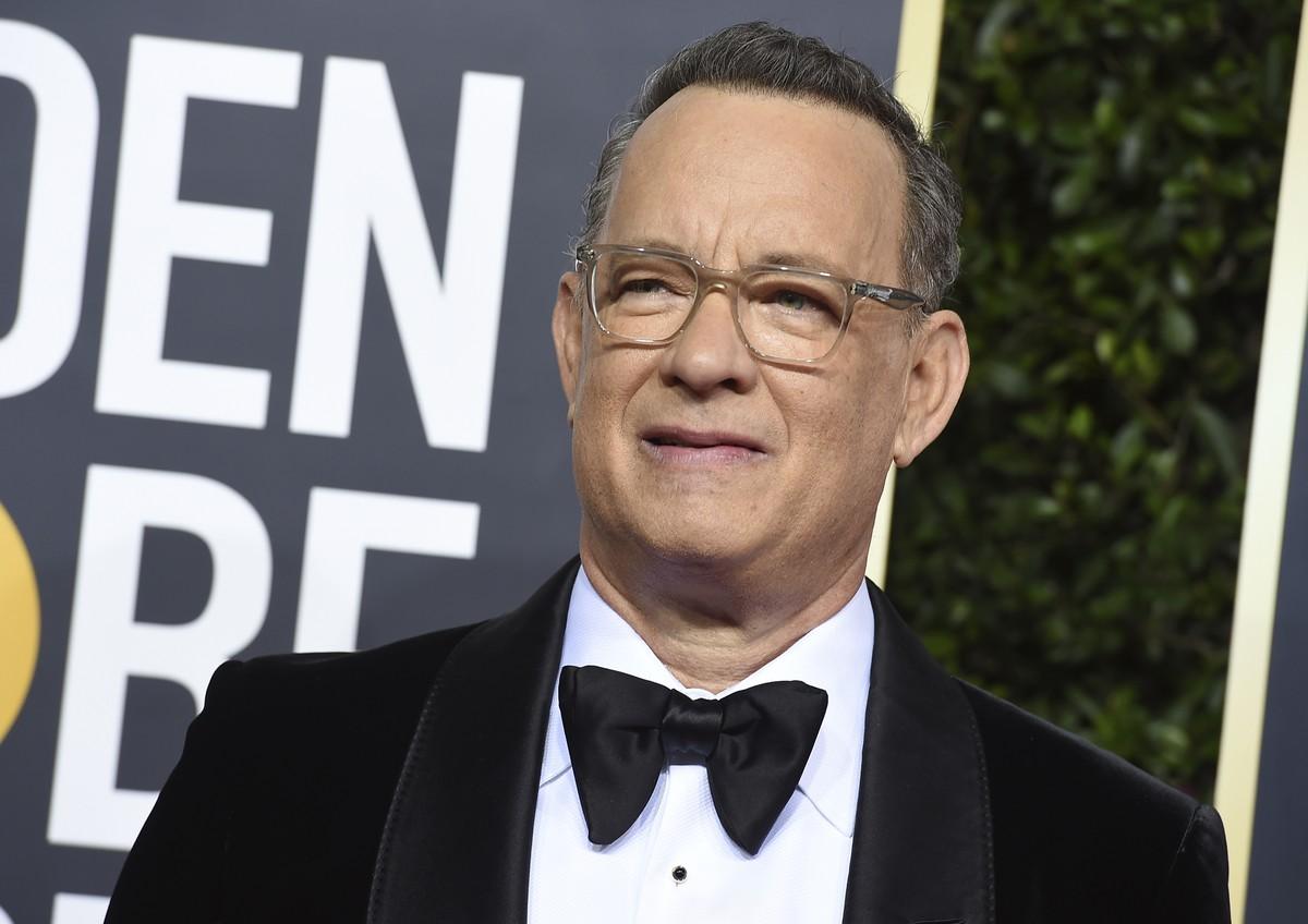 Tom Hanks dá máquina de escrever a garoto que sofre bullying por se chamar 'Corona' | Cinema
