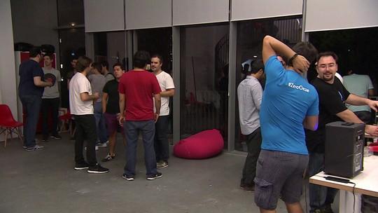 Empresário promove happy hour das startups para estimular networking